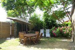 lmg front garden holiday rental ploubalay