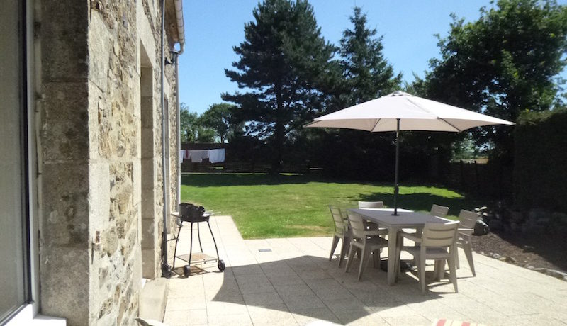 self catering holiday accommodation near the coast dinan brittany france