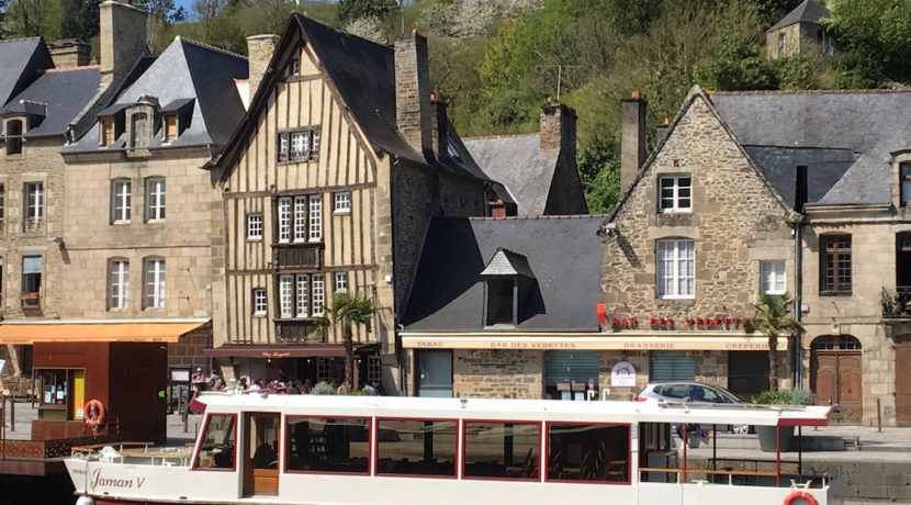 holiday-rentals-dinan-port-brittany