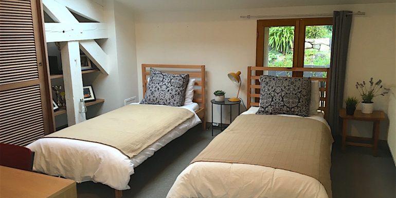 First floor Twin bedroom